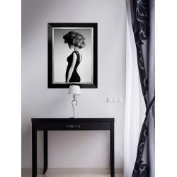 Obraz elegancka kobieta w czerni